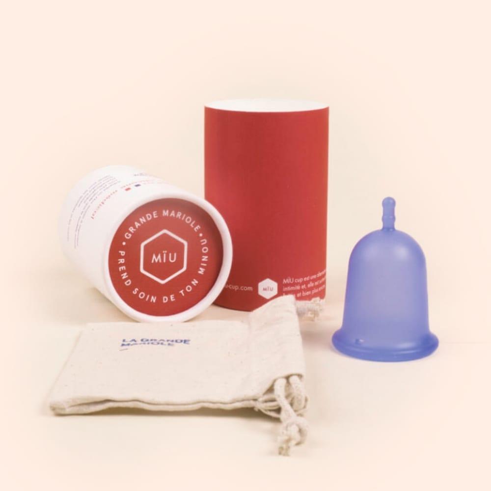 grande coupe menstruelle rigide